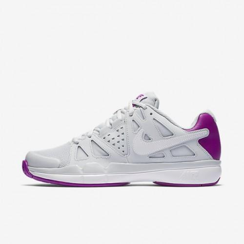 nike women tennis shoes